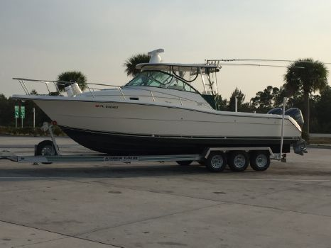 2001 Pursuit 3070 Express