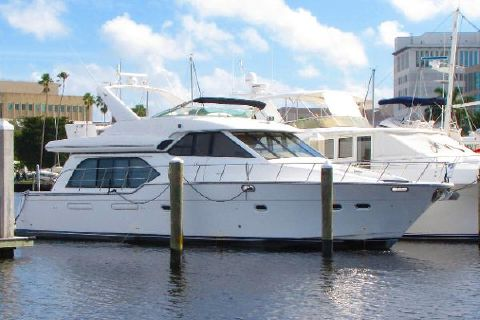 2000 Bayliner 5788 Pilot House Motoryacht