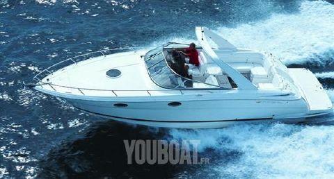 2011 Regal 3350 Cuddy