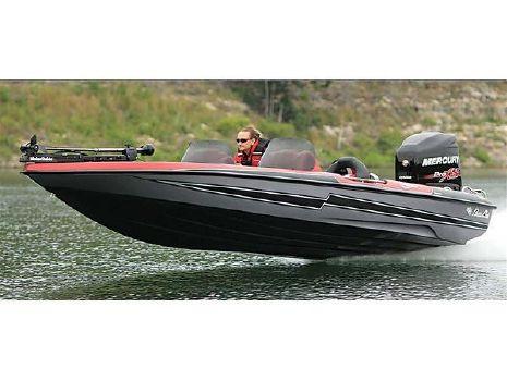 2016 Bass Cat Boats Cougar Advantage