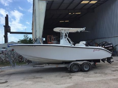 2004 Yellowfin 23 Center Console