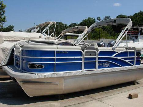 2015 G3 Boats SunCatcher X20 Cruise