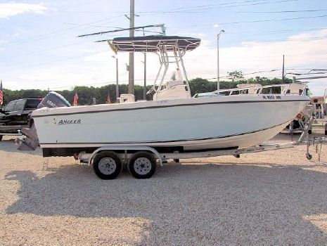 2002 Angler Boats Center Console