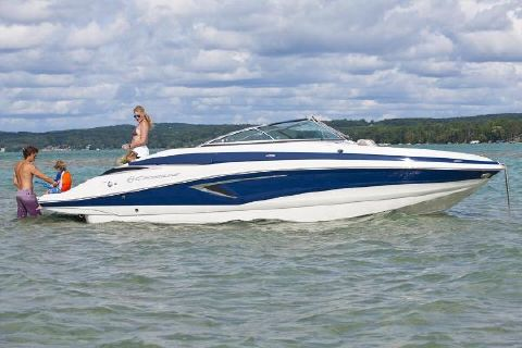 2018 Crownline Eclipse E25 Manufacturer Provided Image