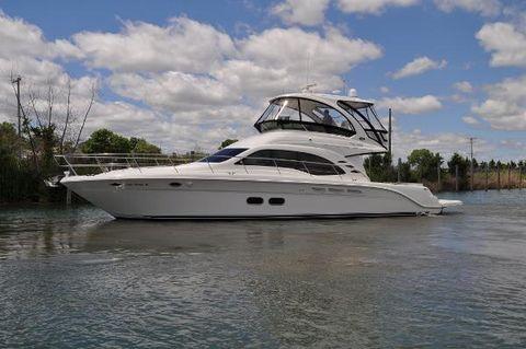 2011 Sea Ray 520 Sedan Bridge