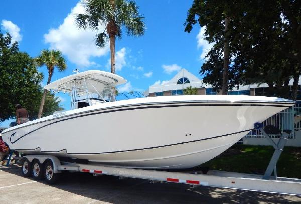 2009 Fountain 34 Center Console 34' Fountain starboard forward profile photo1