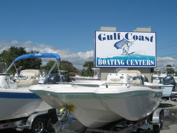 2015 NauticStar 210 Angler