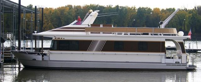 2002 MONTICELLO 60 River Yacht