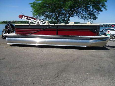 2017 Crest Pontoon Boats Crest II 250 SL