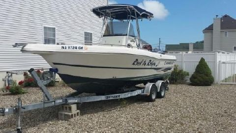 2008 Caravelle Boats 230 Center Console Port View