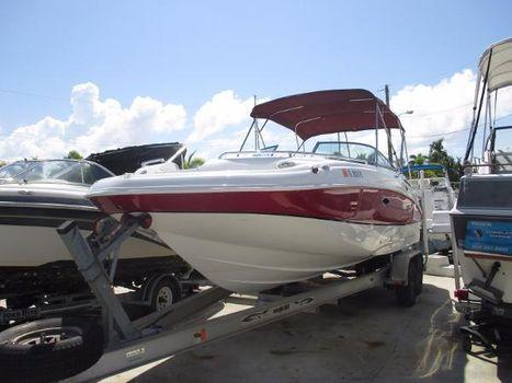 2013 2013 Hurricane 24 Deck Boat