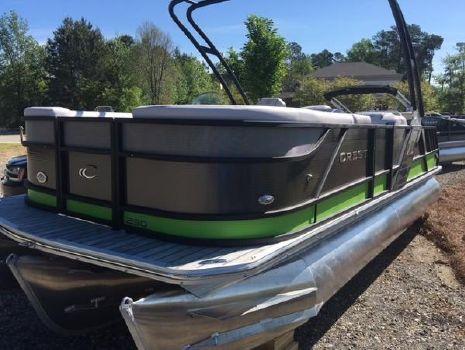 2016 Crest Pontoon Boats Caliber 230