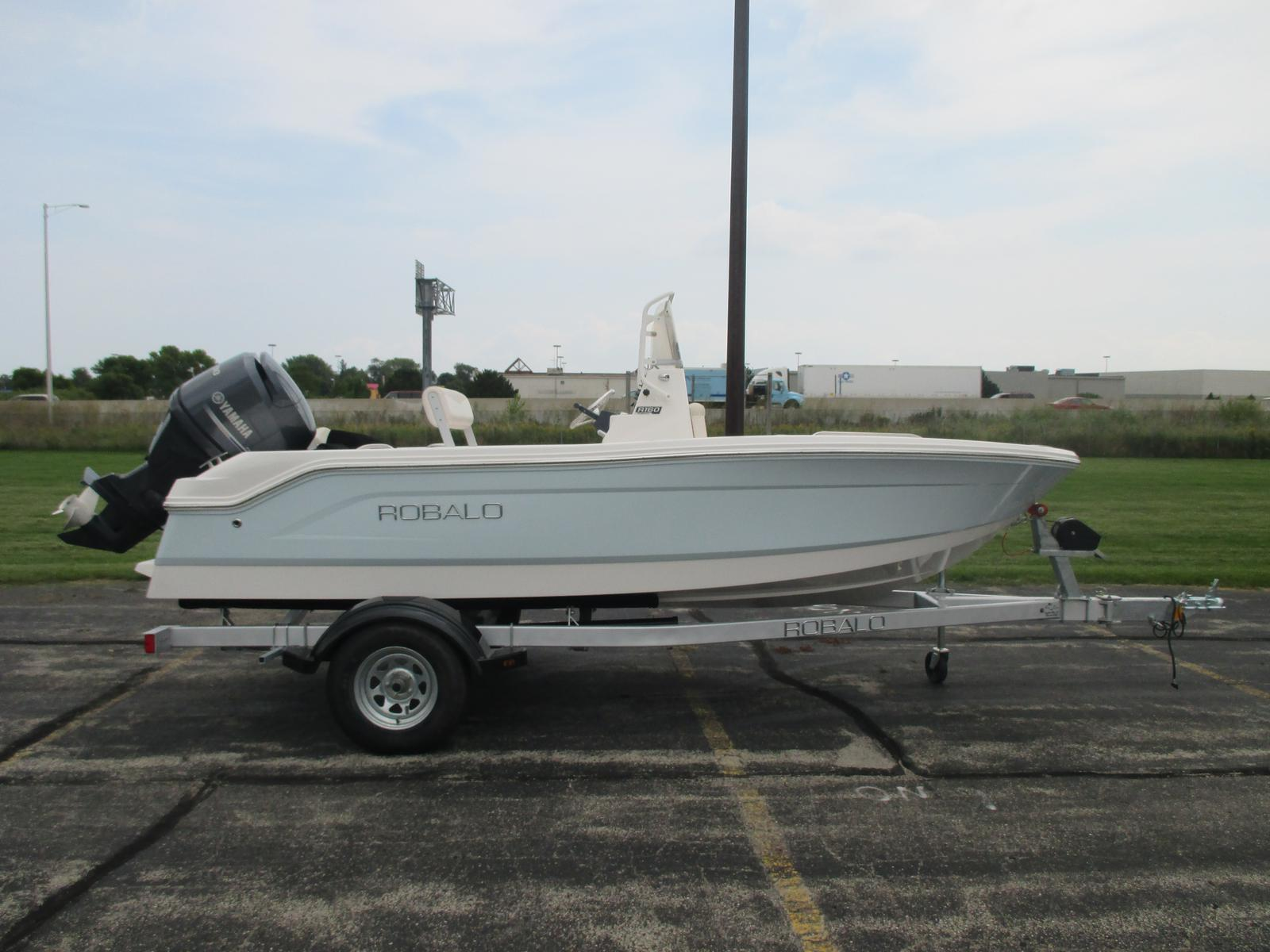 2016 robalo r160 16 foot 2016 motor boat in green bay wi for Green boat and motor