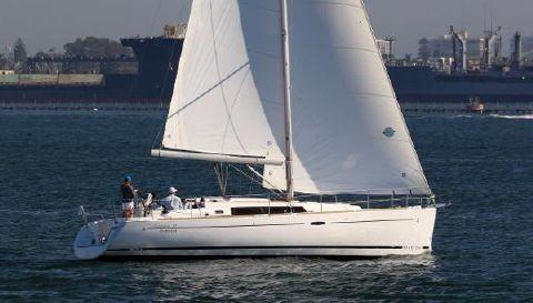 2017 Beneteau Oceanis 37 PLATINUM EDITION Sailing San Diego Bay