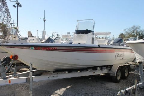 2006 Champion Boats 220 Bay