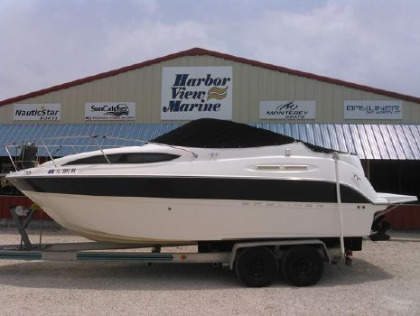 2008 Bayliner 245 SB Cruiser