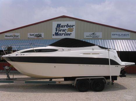 2008 Bayliner 245 SB Cruiser