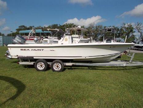 2006 Sea Hunt 22 Bx