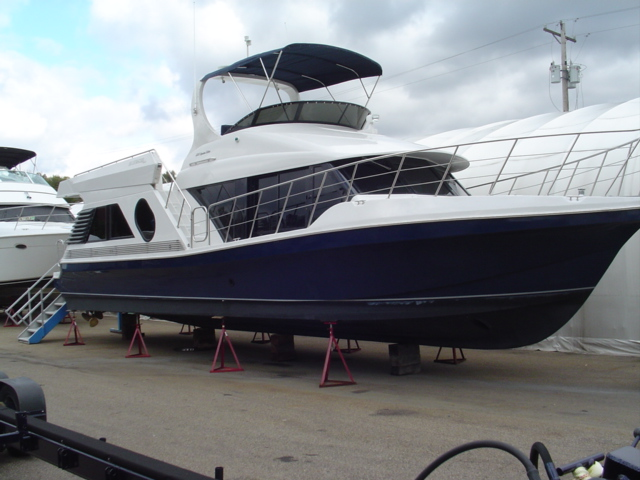 2007 Bluewater Yachts 5200 Signature Series