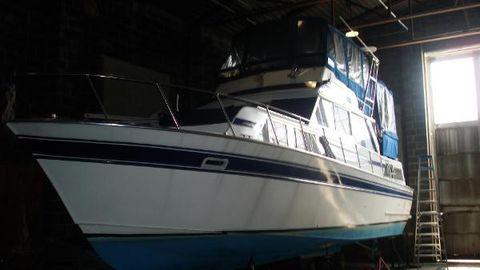 1978 Marinette 37 Motor Yacht