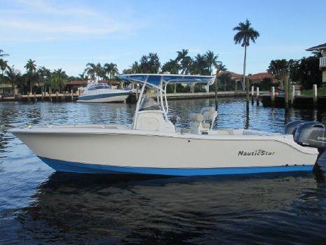2017 Nautic Star 2500XS Offshore