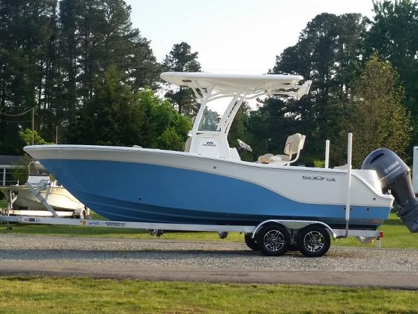 2016 Sea Fox 226 Commander