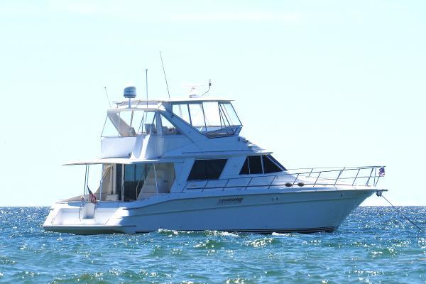 1995 Sea Ray 550 Sedan Bridge Fresh Water