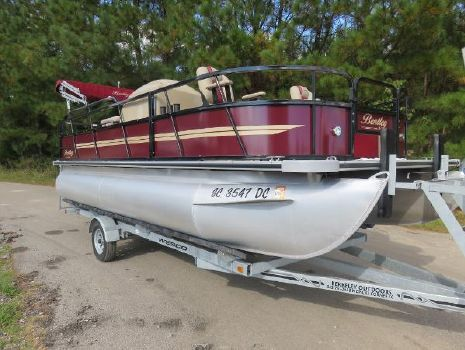2015 Bentley Pontoons 200/203 Fish