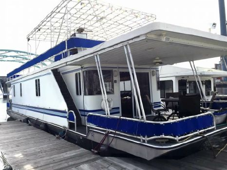 2006 Lakeview Yachts 15 x 55 2006 Lakeview 15 x 58 for sale in Providence, RI