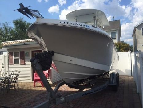 2008 Polar Boats 2300 Center Console
