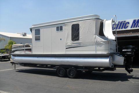 2010 Sun Tracker Regency Party Cruiser 32