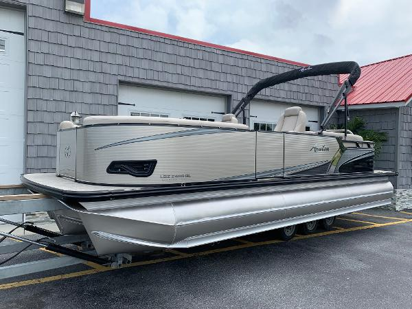 Check Out This 2020 Avalon Lsz Quad Lounger 24 Tri Toon High Performance On Boattrader Com