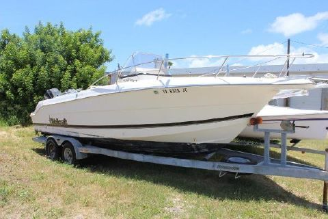 1999 Wellcraft 230 Fisherman
