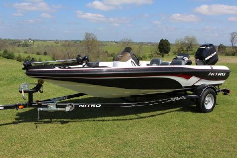 2008 Nitro 750 with only 12 hours!!!