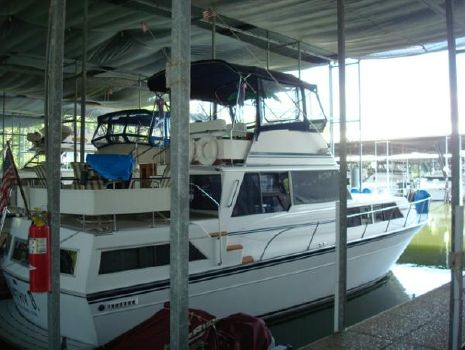 1985 Marinette 39 Aft Cabin / Marinette 39 Double Cabin
