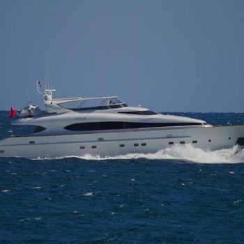 2001 Maiora Motor Yacht