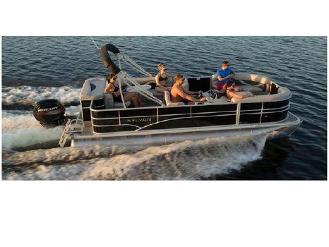 2016 Sylvan 8520 Cruise