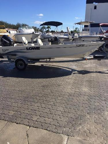 2005 Lowe Angler 165s 17 Foot 2005 Lowe Boat In Naples