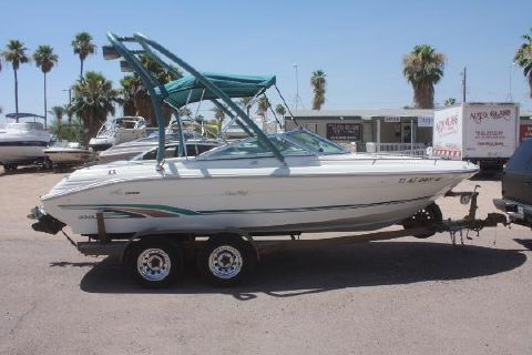 1996 Sea Ray 210 Bow Rider