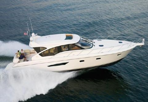 2011 Tiara 5800 Sovran Manufacturer Provided Running Shot