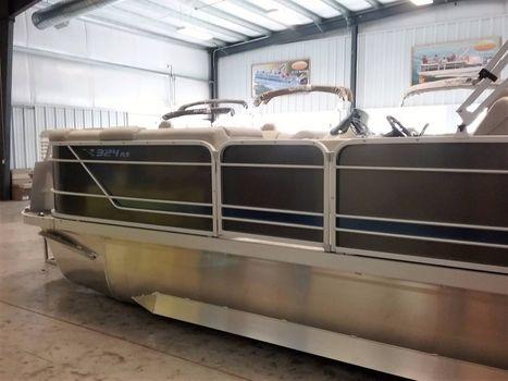 2017 G3 Boats X324 SS