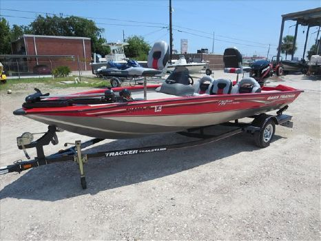 2007 Bass Tracker Mod V Pro Team 175TXW Coastal Edition