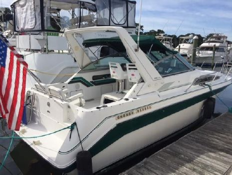 1990 SEA RAY 2700 Sundancer