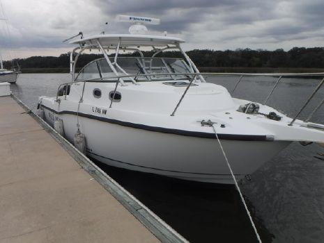 2005 Boston Whaler 305