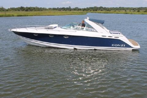 2003 Donzi 39 ZSC Profile