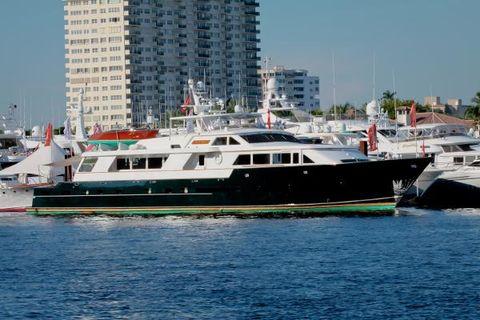 1986 DENISON Raised Bridge Cockpit Motor Yacht