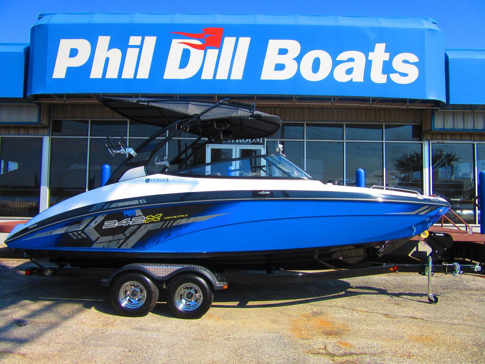 2017 yamaha 242 xe 24 foot 2017 yamaha motor boat in for Yamaha boat dealers in texas