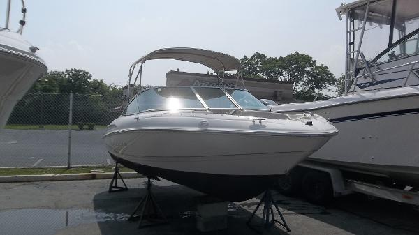 2001 maxum 1900 sc 19 foot 2001 maxum motor boat in for Used boat motors for sale in sc
