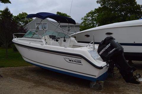 2000 Boston Whaler 210 Ventura
