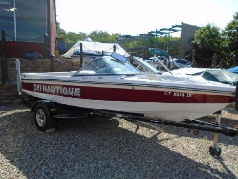 2009 Correct Craft Ski Nautique 206